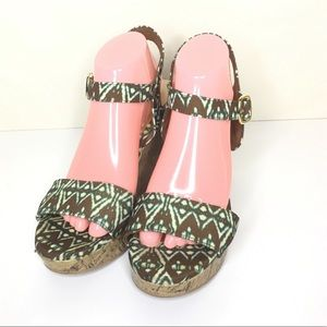 Christian Soriano Wedges Aztec print Size 10